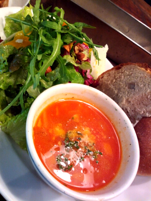 salad with breads and soup lunch