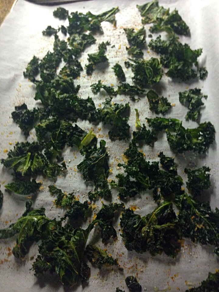 Chile kale chips