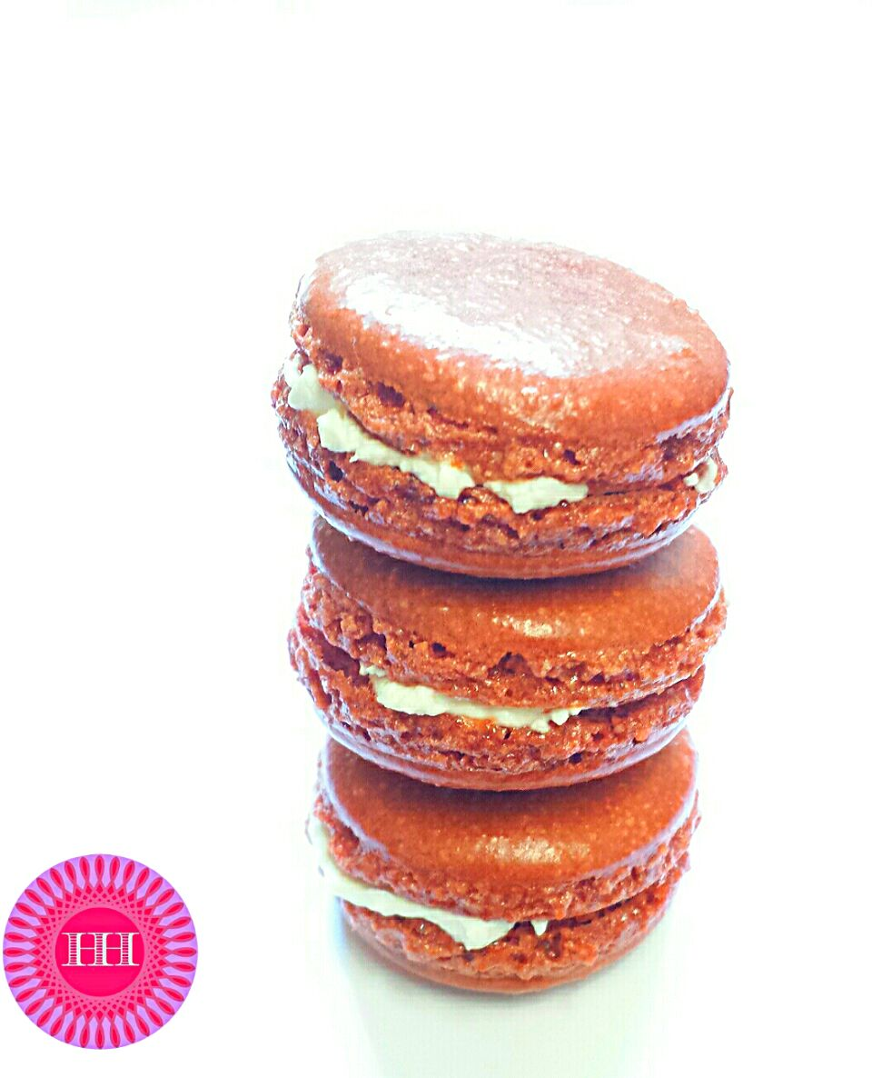 Irish Cream Macarons filled with cream cheese  #irish #cream #filled #macarons #sweet #creamcheese #yummie