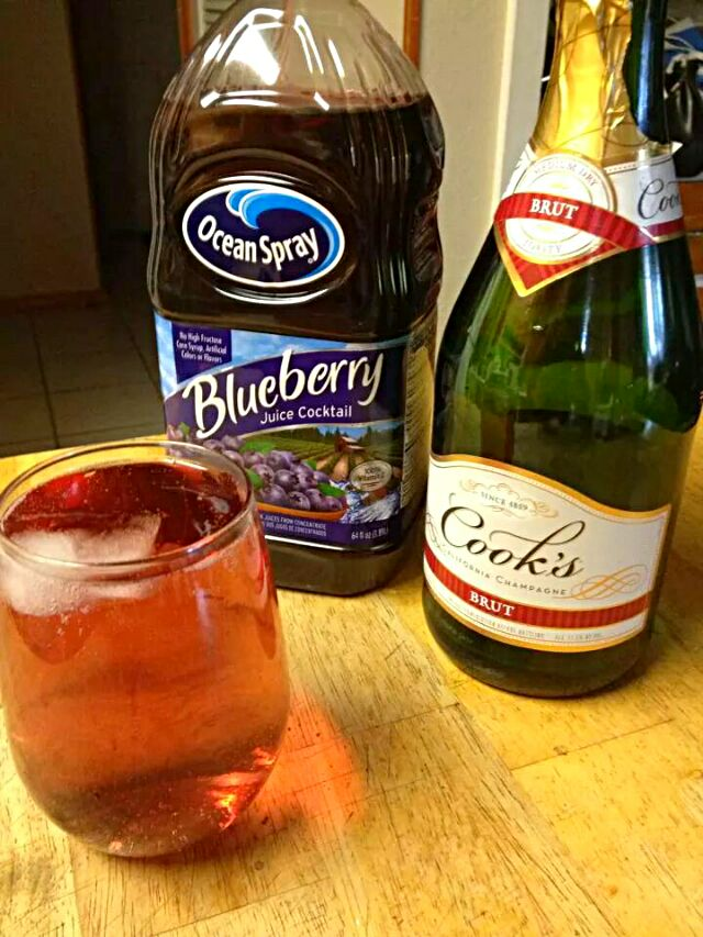 It's Friday Getting Prepared for Fish Fry Friday Social Having #Drinks  with #Breakfast/Brunch #Alcohol Blueberry Juice and Champagne 😊🍸😊