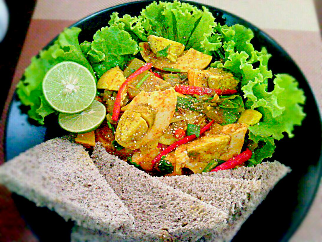 Egg Roast Curry (Kerala India Cuisine) w/ Sesame Bread✔