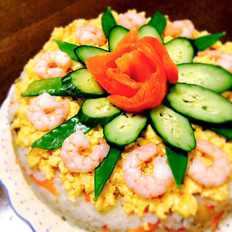 誕生日 ちらし寿司の素で簡単 寿司ケーキ