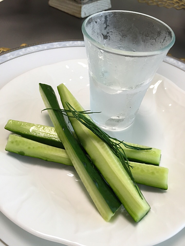 Russian cucumber sparkling water pickles with Frozen vodka🇷🇺