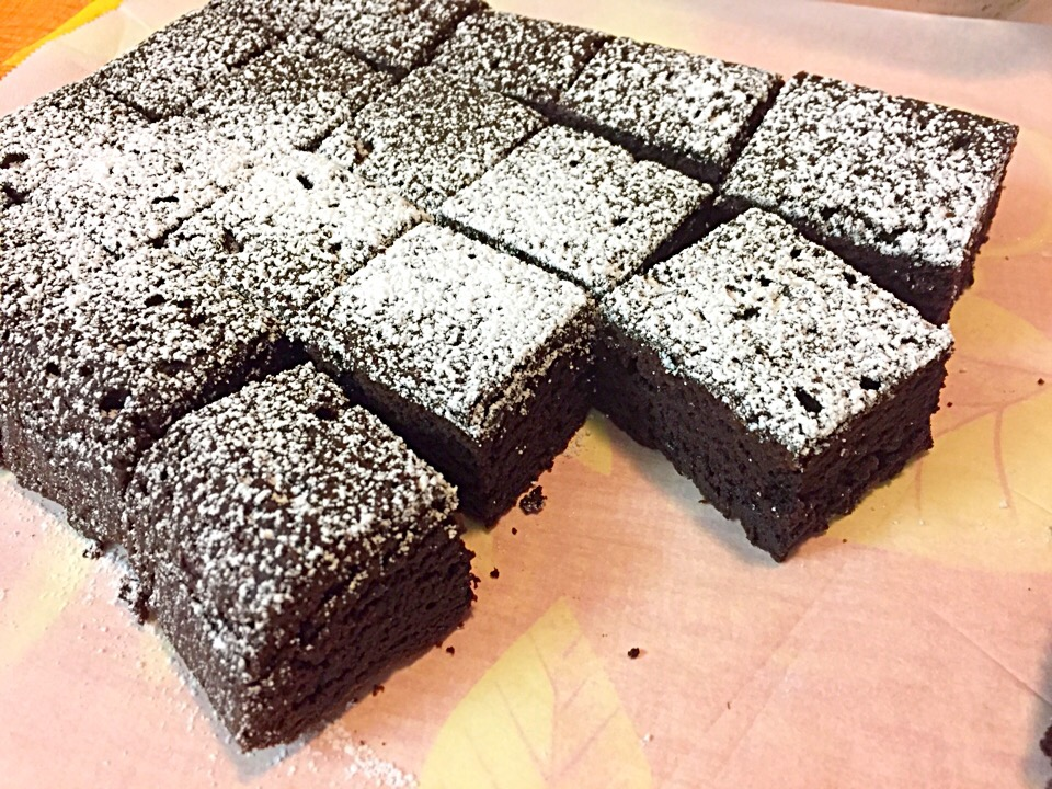 Cakey Brownies