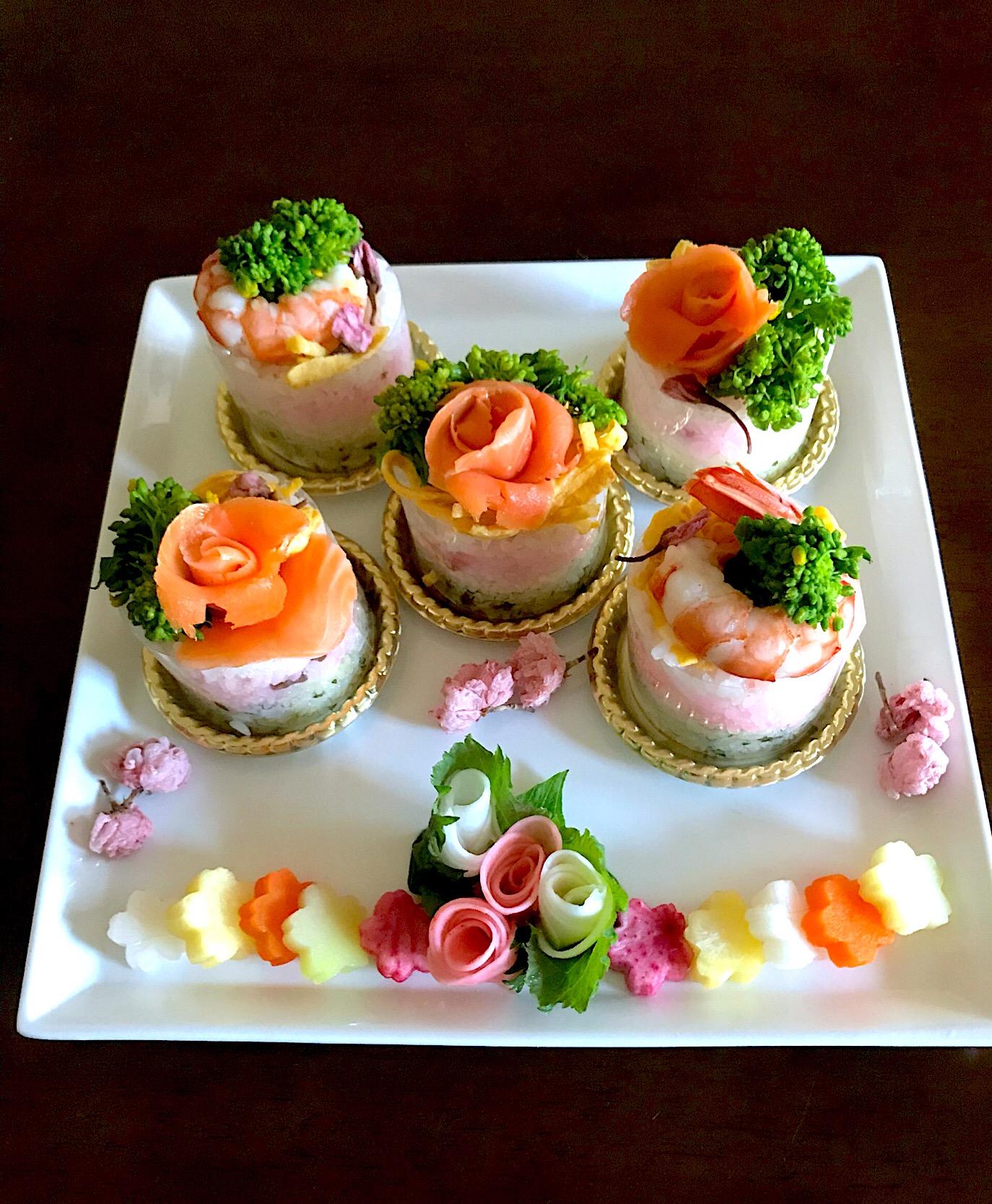 ひな祭りのケーキ寿司 マダム とんちんさんの料理 ちらし寿司