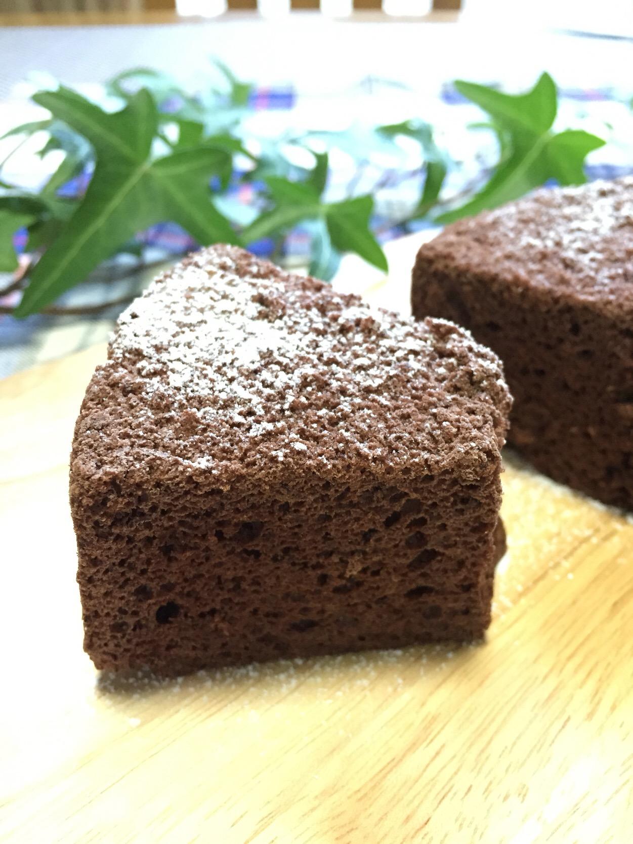 ケーキ ココア シフォン ココアシフォンケーキがバサバサする原因を教えてください。