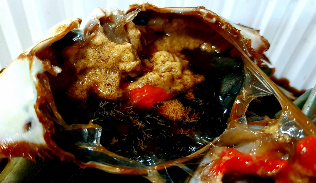 raw crab marinated in soy sauce