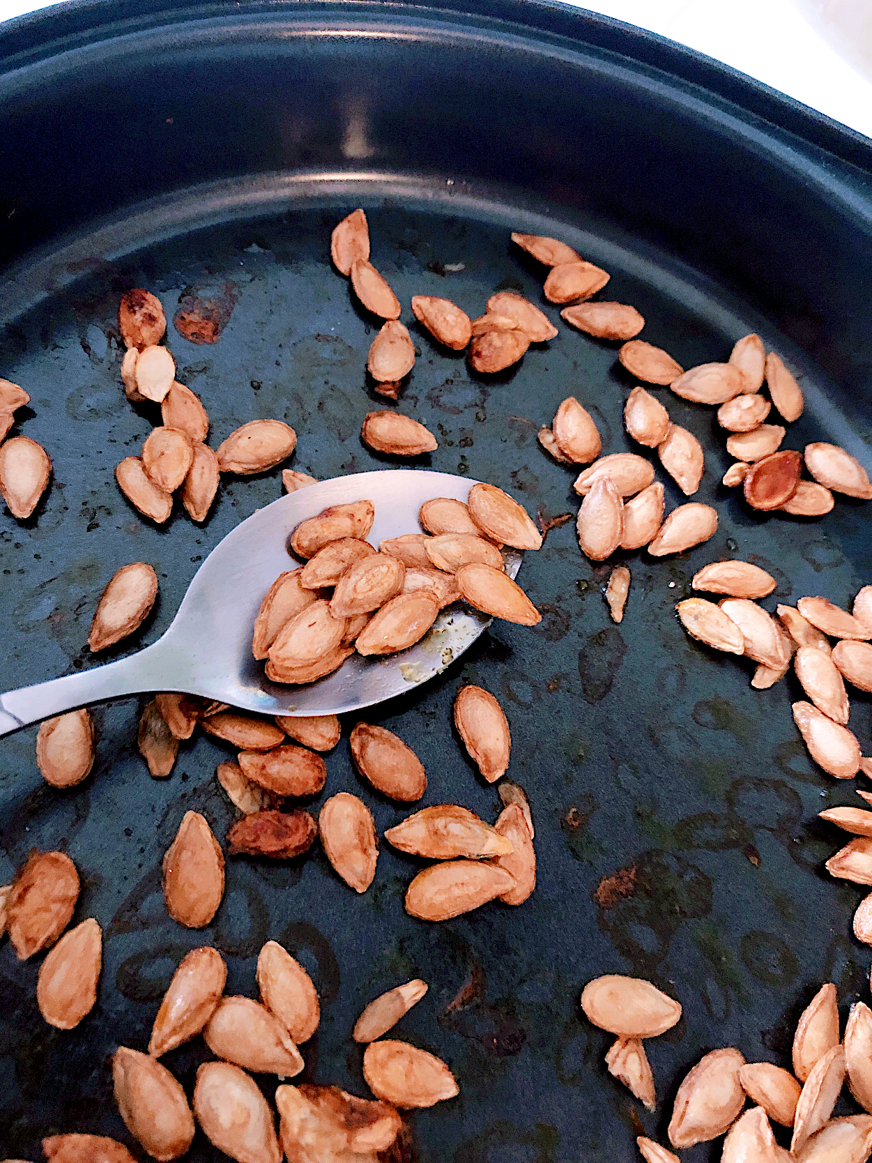 Oven Roasted Fresh Pumpkin Seeds ❤️ great snack & sides