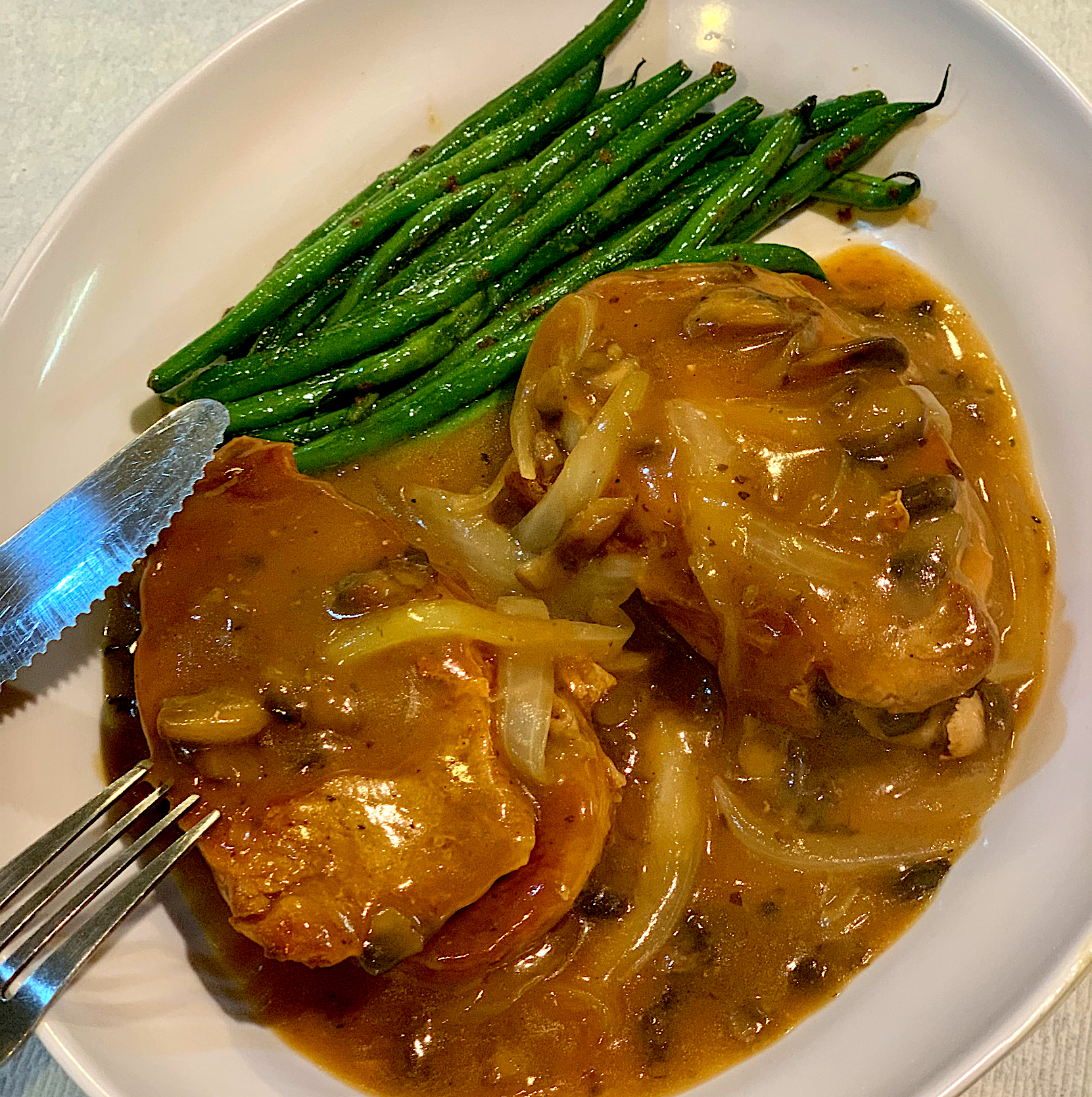 Dinner: Keto Pork Steaks with Homemade Mushroom Gravy & Garlic-Buttered String Beans!!!